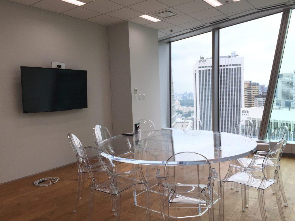 DMMオフィス会議室
